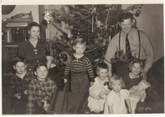 1940s Christmas Day Peoples